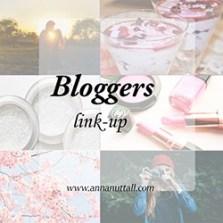 bloggerslinksuplittlebutton.jpg
