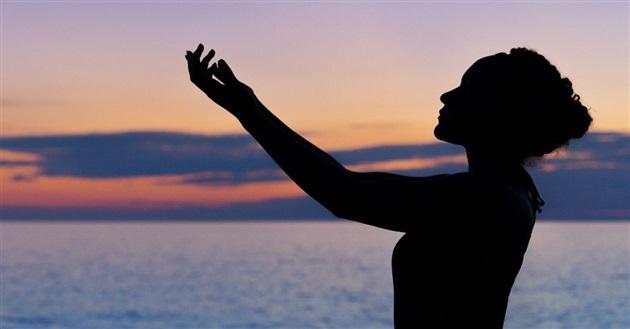 silhouette praying.jpg